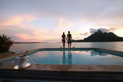 SRBB---Overwater-Villas---Landscape---Gregoire-LeBacon---Royal-Overwater-Pool-and-View-on-Mt.-Otemanu