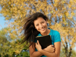 girl-holding-bible-2
