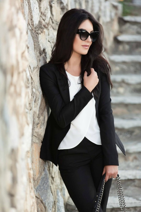Black-Suit-Yllka-Brada-Besim-Mydyti-Edisa-Shahini-Prizren-Aug-2015-06