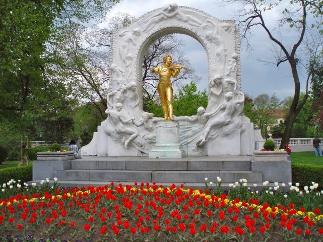 Vienna Budapest 209
