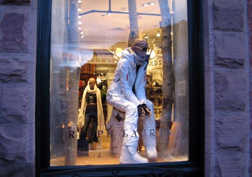 Aspen-Shopping-01