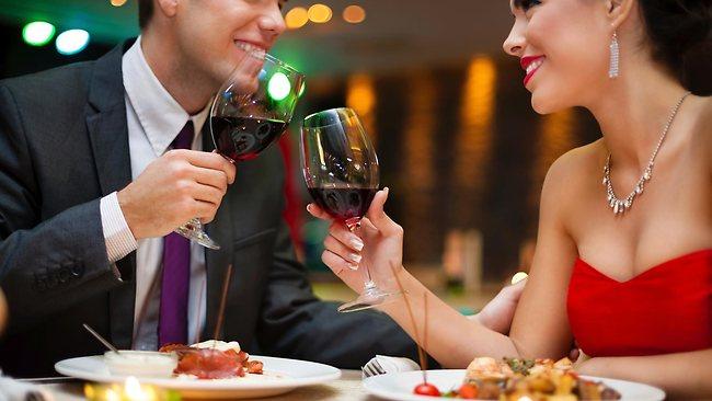 093411-romantic-dinner