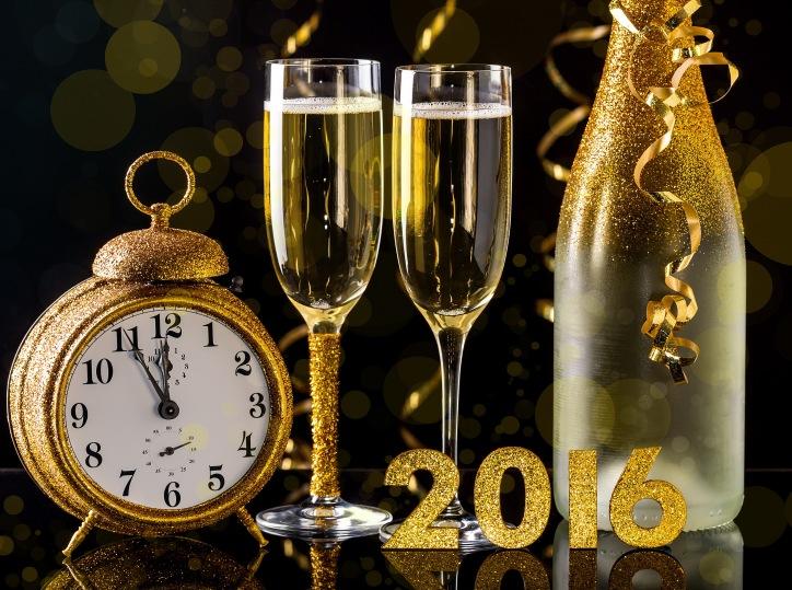 2016-happy-new-year-golden-622