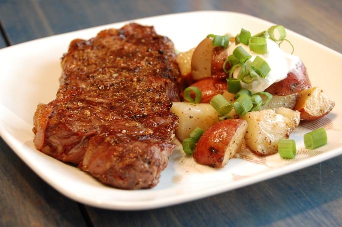 Sunday-steak-dinner