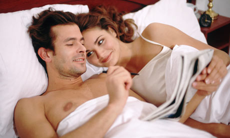 couple-romance-in-bed