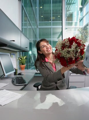 receptionist-receiving-flowers