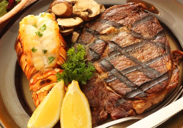 rib-eye-steak-lobster-tail-12791079