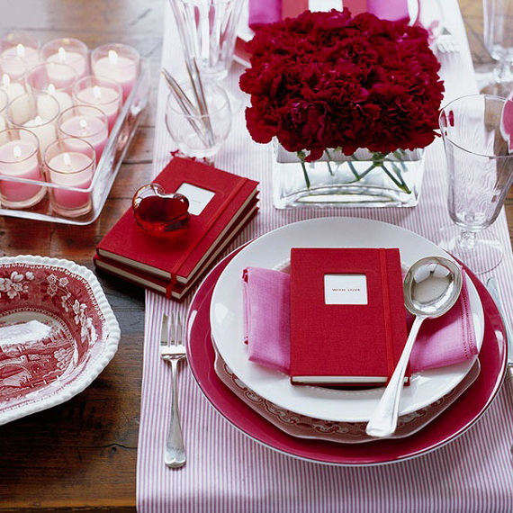 Romantic-Table-Decorating-Ideas-for-Valentines-Day-_37