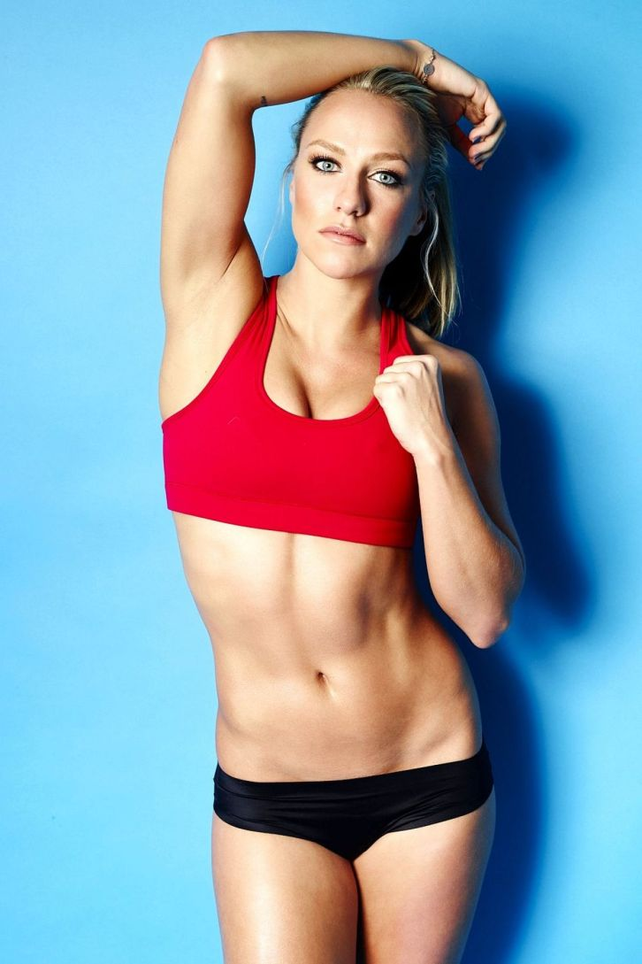 chloe-madeley-on-the-set-of-a-workout-photoshoot_1