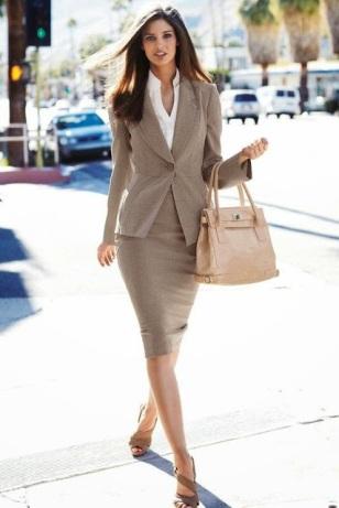 50 Amazing Women's Business Fashion Trends (21)