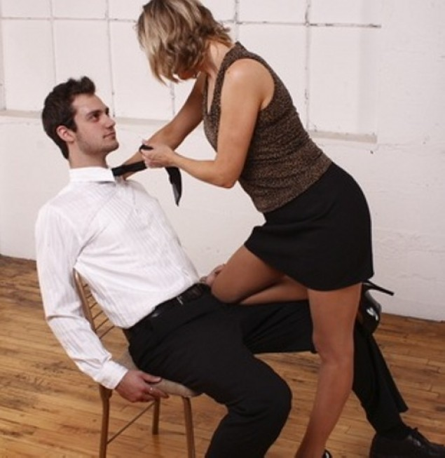 4 Ways to Make Him Commit and Want Only You