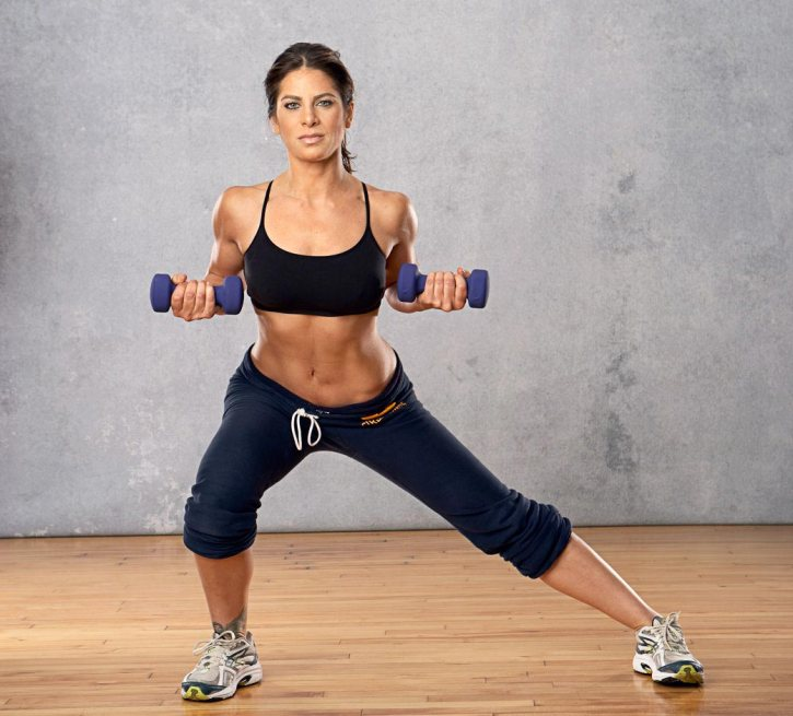 fitness-babe-with-dumbbels-2