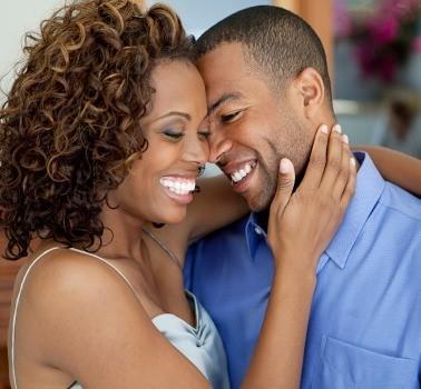 happy-black-couple-378x350