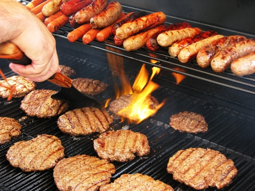 memorial-day-summer-grilling-tips_1194_609933_0_14050910_500