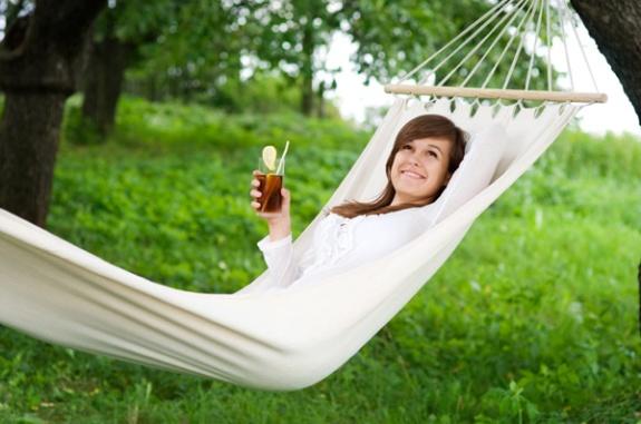 woman-relaxing-in-hammock