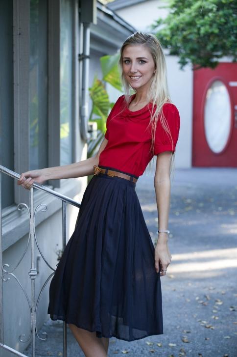 Navy-Pleated-Skirt