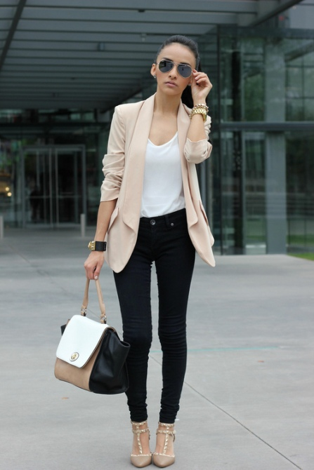 beige-blazer-and-white-crew-neck-t-shirt-and-black-jeans-and-beige-heels-original-883