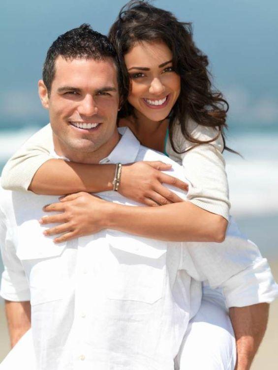 make-a-summer-romance-last-1742774631-may-19-2012-600x800