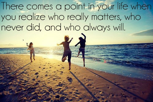 friendship_quote_on_beach-414326
