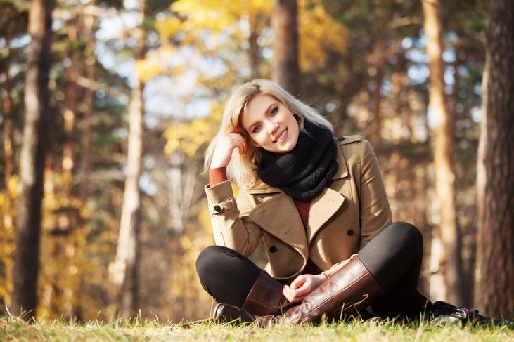 fall-clothes-fashion-woman