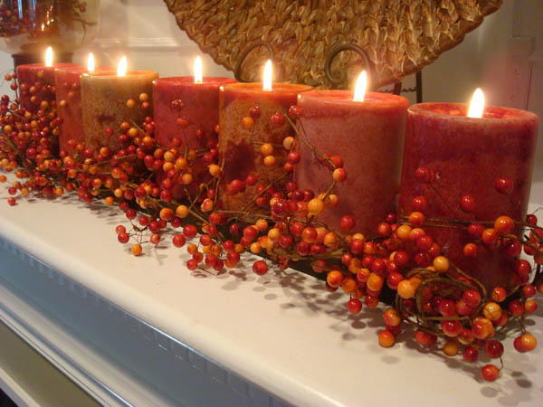 fall-leaves-candles-centerpiece-thanksgiving-decorating-fall-ideas-11