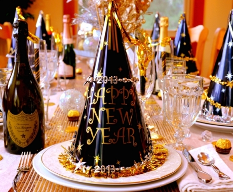 new-years-eve-table-setting-noble-pig-blog-hats