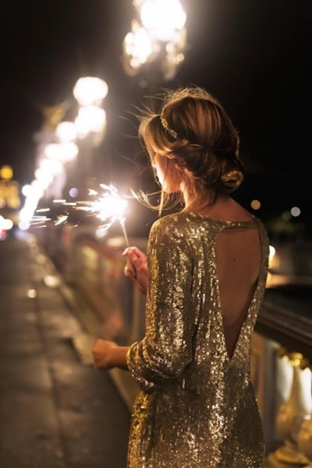 new-years-eve-wedding-sequin-wedding-dress-bridal-musings-wedding-blog