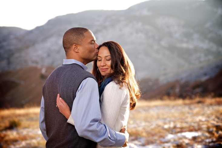 red-rocks-park-morrison-colorado-fall-engagement-photography-guy-kissing-girl-mountains