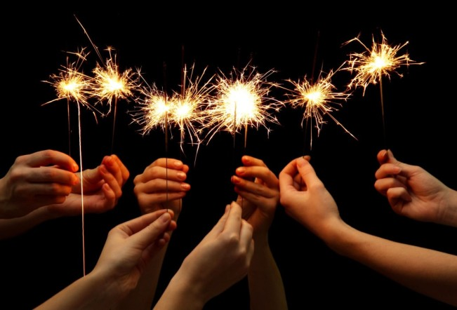 sparklers-1030x700
