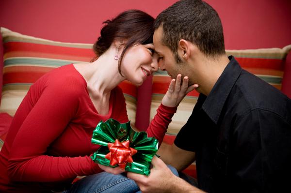 surprise-gift-ideas-for-your-boyfriend-birthday