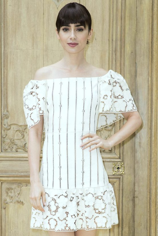 lily-collins-valentino-spring-2017-fashion-show-paris-fashion-week-pfw-front-row-tom-lorenzo-site-1